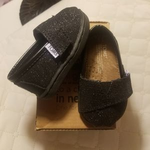NIB Toddler Black Glitter TOMS